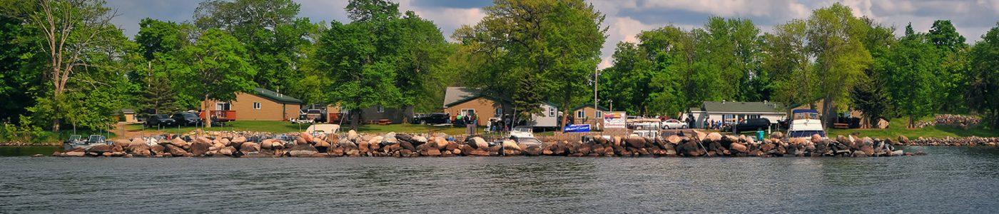 Nitti's Hunters Point Resort on Mille Lacs Lake Minnesota provides comfortable lodging