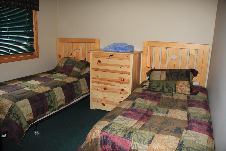 Cabin 4 Bedroom 10 | Hunters Point Resort