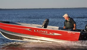 Boat rental on Mille Lacs Lake at Nitti's Hunters Point Resort